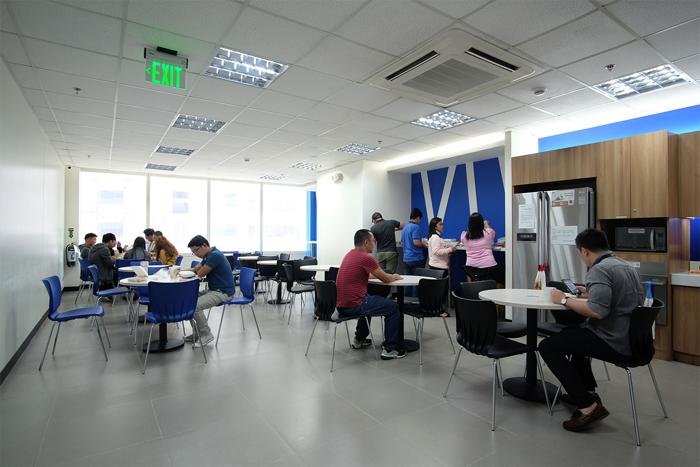 KMC Serviced Office for rent in BGC, SM Aura Facility Pantry Area - EpicSpace